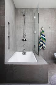 Bathroom Baths And Showers Best 25 Bathtub Shower Ideas On Pinterest Combo For Bathroom Tubs