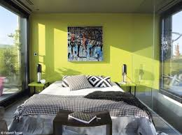 chambre noir et vert craquez pour une chambre design décoration chambre design