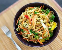 hakka cuisine recipes veg hakka noodles recipe restaurant style noodles vegecravings