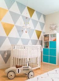 chambre bebe peinture décoration chambre bébé garçon et fille jours de joie et nuits