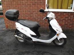50cc peugeot v clic low mileage derestricted one previous