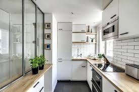taille moyenne cuisine cuisine avec un sol en ardoise photos et idaces dacco de cuisines