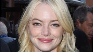 emma stone natural hair emma stone s natural hair color is not red youtube