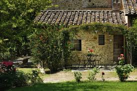 charming farmhouse vacations in umbria la posta di confine