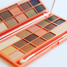 heart chocolate just launched makeup revolution i heart makeup i heart