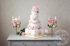 wedding cake stand cake stand tutorial make a cake stand with gum paste