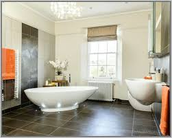 bad mit mosaik braun anthrazit bad mit mosaik fliesen braun ideen große bodenfliesen in