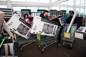 50 inch tv black friday amazon 3pm black friday turns violent as shoppers fight over bargains daily