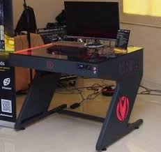 Diy Computer Desk Plans by Diy Computer Desk Custom Diy Industrial Pipe Desk For Gaming And