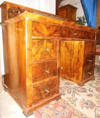 Schreibtisch Nussbaum Orginaler Biedermeier Schreibtisch Nussbaum Wurzel Furniert Um