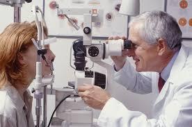 Job Description For Optician Ophthalmologist Average Salary Definition Education Job