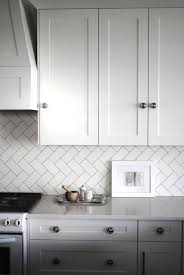 White Kitchen Backsplashes by 25 Best Herringbone Backsplash Ideas On Pinterest Small Marble
