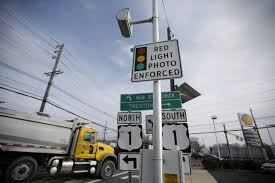 city of chicago red light tickets chicago rethinks red light camera rules to give drivers a break