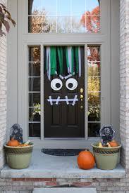 halloween homemade door decorations easy and creepy halloween