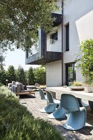 mobilier italien design chaises design et revêtements en bois et pierre d u0027une maison d