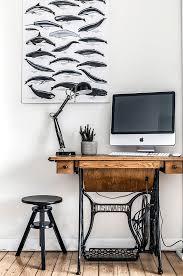 bureau dans salon 30 idées pour aménager un coin bureau dans un petit salon