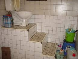 the 11 funniest bathroom design fails from you u0027re doing it wrong