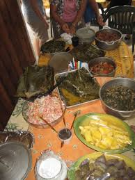 cuisine tahitienne traditionnelle le ahima a le four traditionnel tahitien cuisine d ailleurs