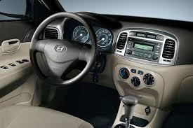 pics of hyundai accent 2006 hyundai accent overview cars com