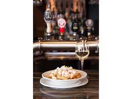 la cuisine aux images bistro bar le brise bise restaurants gaspé sector of gaspé