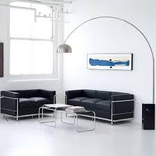 lc2 sofa lc2 sofas kombiniert mit der arco bogenleuchte www modecor de le