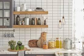 idee arredamento cucina piccola come arredare una cucina piccola con 5 idee salvaspazio donnad