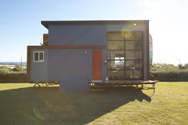 Fyi Network Tiny House Nation by Tiny House Nation 300 Sq Ft