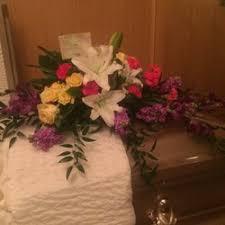 tulsa florists ted debbie s flower garden 11 reviews florists 3901 s