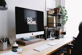 Schreibtisch Computer So Un Ordentlich Sehen Schreibtische Von Gründern Und Ceos Aus