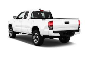 toyota tacoma 2016 models 2017 toyota tacoma reviews and rating motor trend
