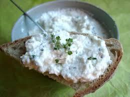 cuisiner radis blanc fromage blanc au radis noir et aux pousses de roquette blogbio