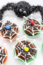 how to make a spider web for halloween halloween spiderweb cupcakes with chocolate spiders