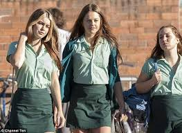 Puberty Blues Memes - puberty blue s isabelle cornish shows off her toned stomach and