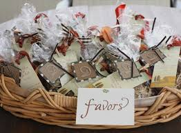 inexpensive wedding favors ideas 32 footage inexpensive wedding favor ideas most popular garcinia
