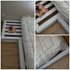 lit avec des palettes ma chambre diy un lit en palettes en bois et d u0027autres jolies