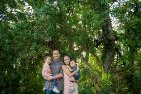 oahu photographers oahu family photographers family photo shoot at tantalus lookout