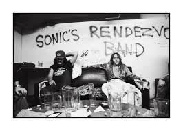 check out sue rynski u0027s amazing photos of detroit u0027s punk scene
