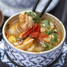 cuisiner citronnelle soupe de crevettes à la citronnelle recette citronnelle