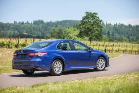 lexus es 350 vs toyota camry xle 2018 toyota camry prices and fuel economy u2013 more money power mpgs