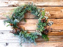 crafting christmas wreaths the thankful heart