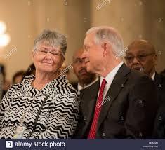 Senators Wife Washington Usa 10th Jan 2017 Senator Jeff Sessions R Al And