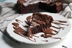 flourless chocolate whiskey cake with chocolate whiskey pudding