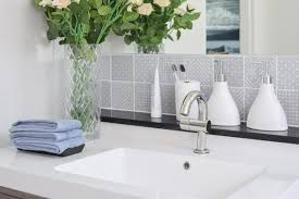 bathroom decorating ideas pictures small bathroom decorating ideas small bathroom ideas