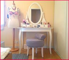 tabouret pour coiffeuse chambre tabouret pour coiffeuse pas cher avec coiffeuse en bois eugenie