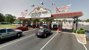 How Many Six Flags Are In Texas Six Flags Over Texas No Longer Flying Confederate Flag