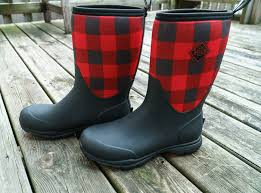 buy muck boots near me muck boots arctic excursion mid the awesomer