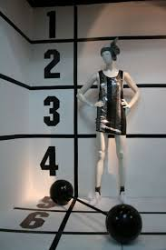 merchandise display case 140 best sports u0026 athletic displays with mannequins images on