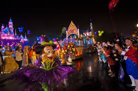 Disney Halloween Party Costume Ideas mickey u0027s halloween party is not so scary fun for everyone