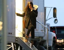 meghan markle spotted during final days on u0027suits u0027 set pic