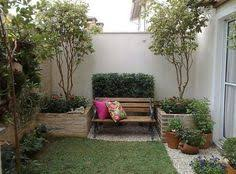 Modern Front Yard Desert Landscaping With Palm Tree And Palm Tree Landscape Design Ideas Modern For Small Front Yards